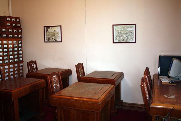 Читальний зал відділу рідкісних та цінних книг НБ ЧНУ