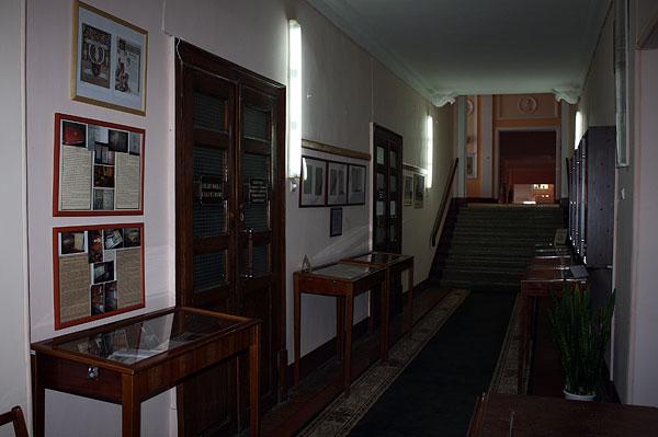 Бібліотечні експозиції підготовлені ВРЦК